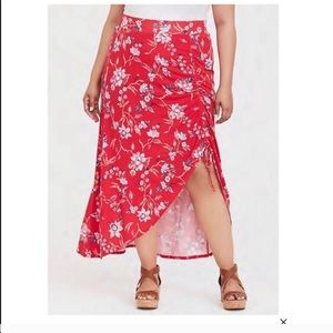 Red floral 📁 jersey maxi skirt 3X